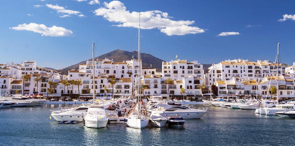 Puerto Banus Marbella travel guide holiday facts
